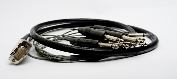 SonicWorld DB9 Custom Kabel Spider 8 Kanal Direct Out