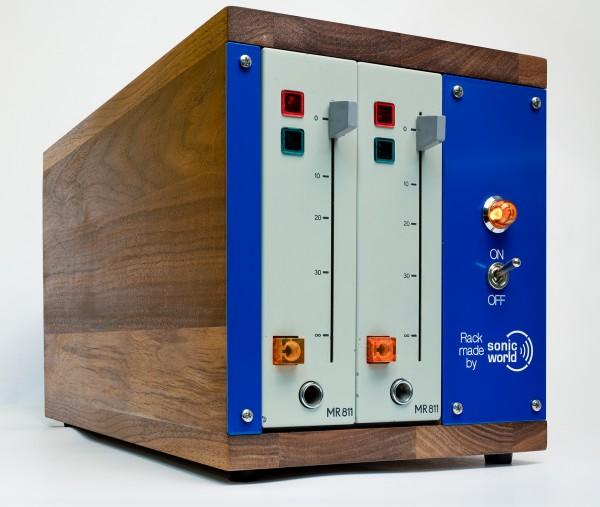 SonicWorld Custom Holzrack für 2 x RFT MR811