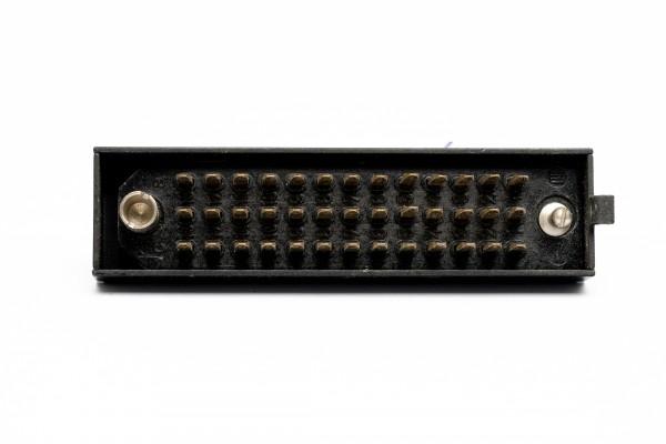 Siemens/ Tyco oder Amphenol Tuchel DIN 41622 39 polige versilberte Messerleiste, mit Riegelwanne aus Metall GEBRAUCHT